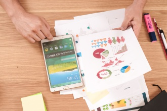 Financial Planning Apps and Tools to Help Save Money