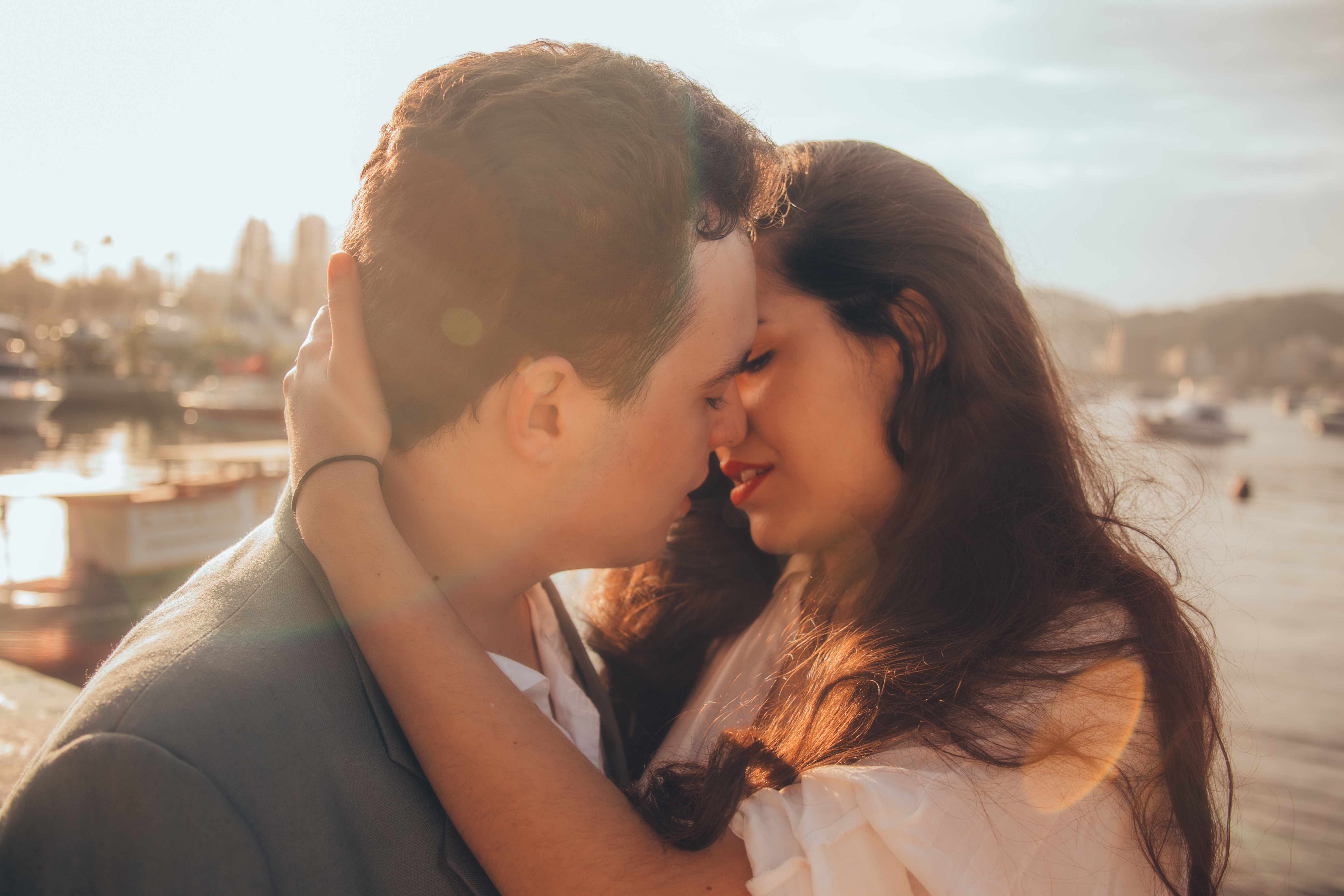 10 Tips to Building a Healthy Relationship